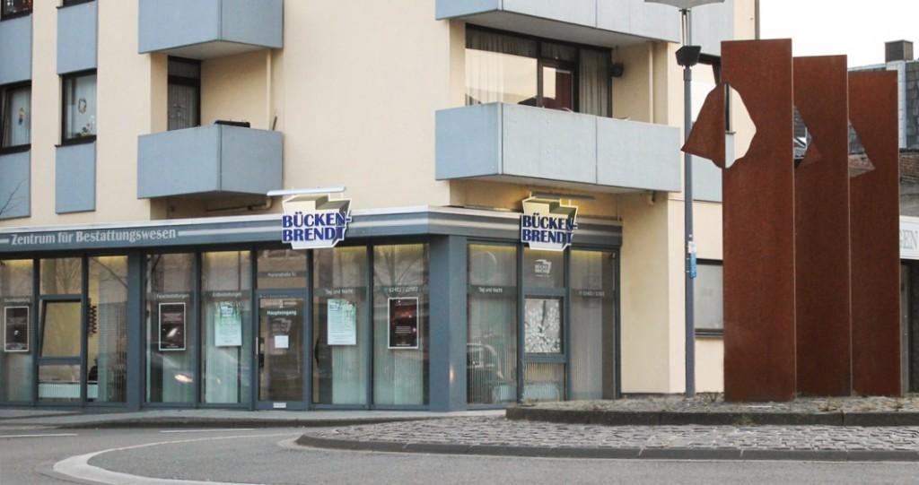 Außenansicht des Bestattungsinstituts an der Marinestraße 51 in Eschweiler