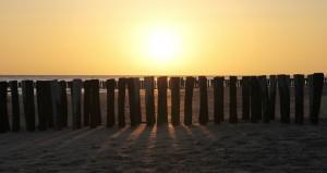 Motiv Sonnenuntergang am Strand - Bücken-Brendt Bestattungen - seit 1866 in Eschweiler
